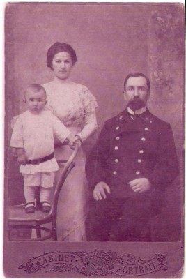 Grandparents and Father 1908